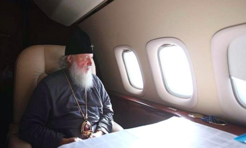 """Патриарх Кирилл попал в """"очень опасную аварию"""" на борту самолета"""