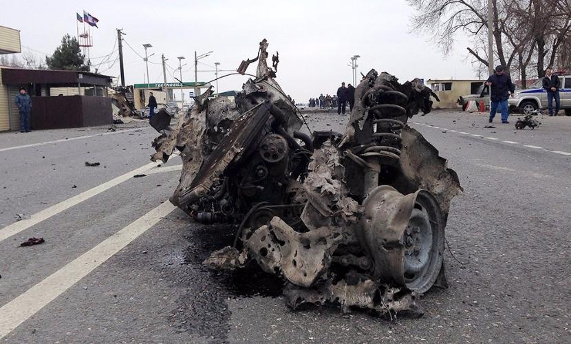 ИГ взяло на себя ответственность за смертельный взрыв Lada Priora на посту ДПС в Дербенте