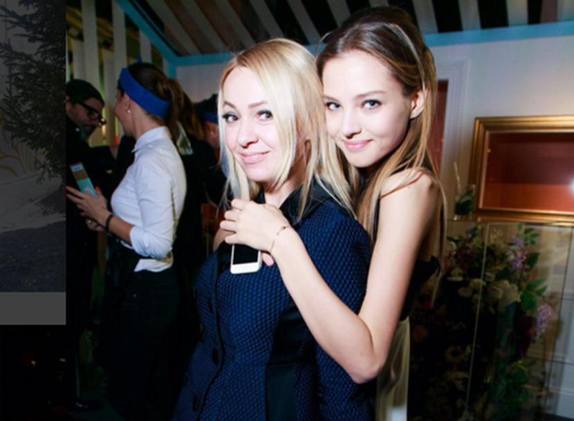 Алеся Кафельникова и Яна Рудковская