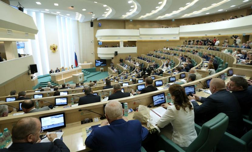 Сенаторы послали в ЦИК еще двух членов «Единой России»