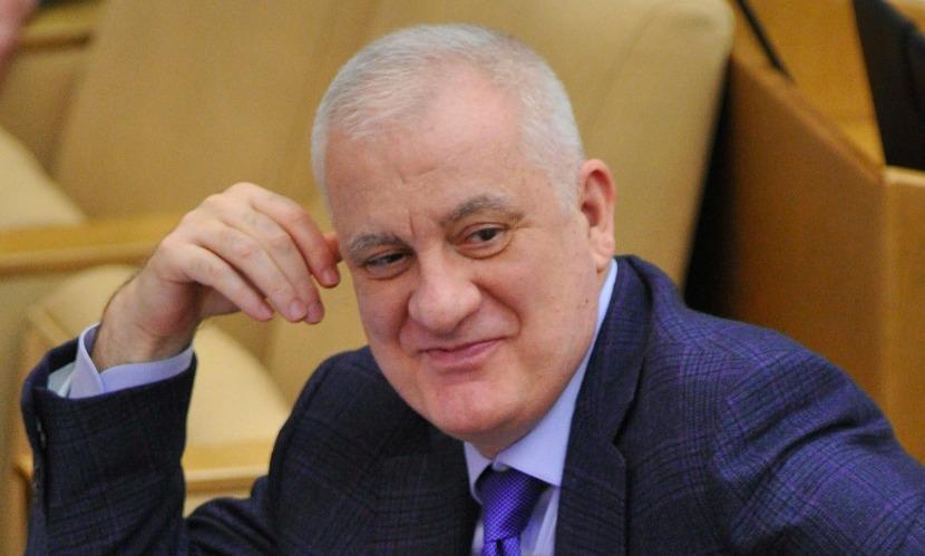 Глава Республики Северная Осетия - Алания Агузаров скончался во время лечения в Москве