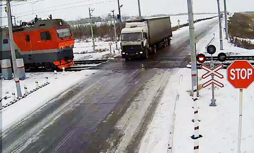 Депутаты в десять раз повысят штраф за ДТП на железной дороге