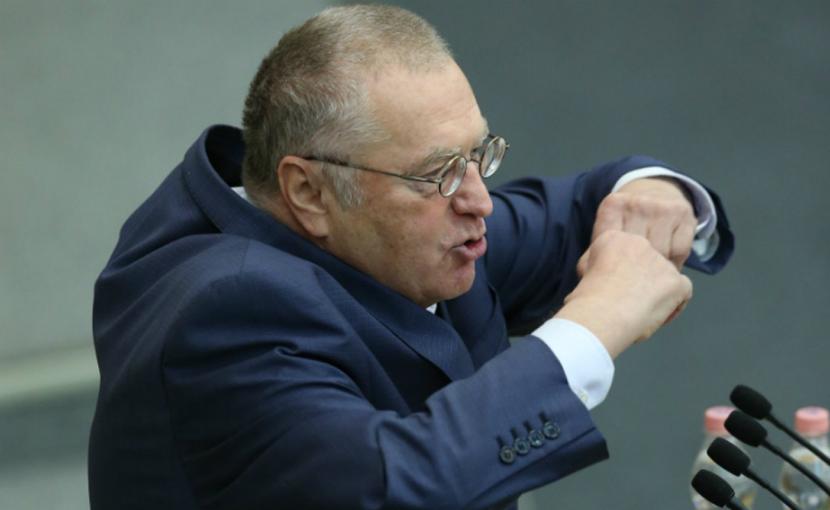 Жириновский обрушился с критикой на значки КПРФ и слово «одномандатник»