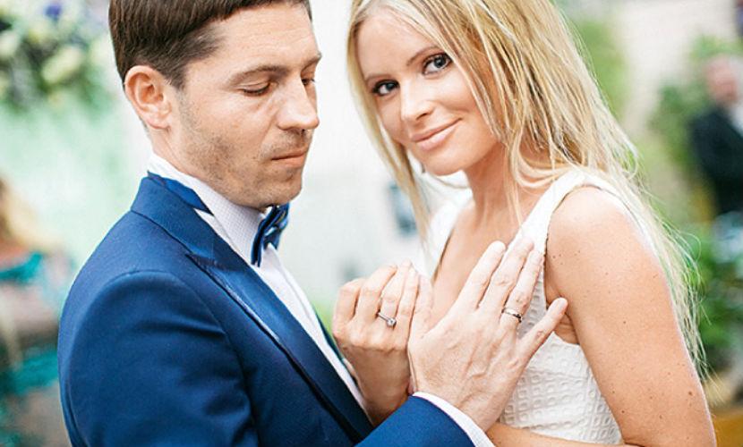 Дана Борисова обвинила мужа в угоне ее иномарок и решила подать на развод