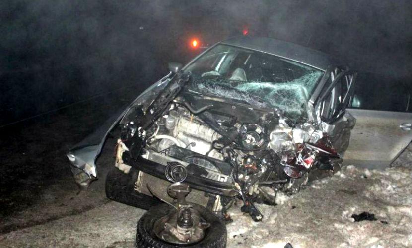 Тройное смертельное ДТП с катафалком произошло возле кладбища под Кировом