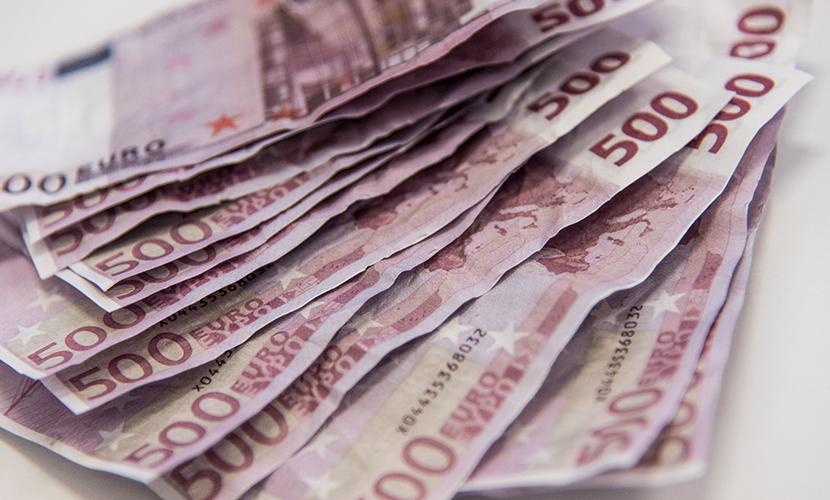 Эксперты разочаровались в евро из-за самого низкого курса