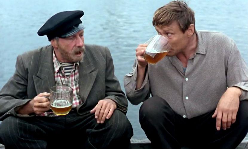 Календарь: 16 марта - День замечательного «алкоголика» из фильма «Любовь и голуби»