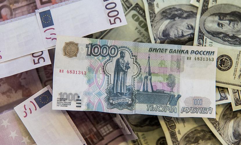 Весна стартовала ростом цен на нефть и курсом рубля