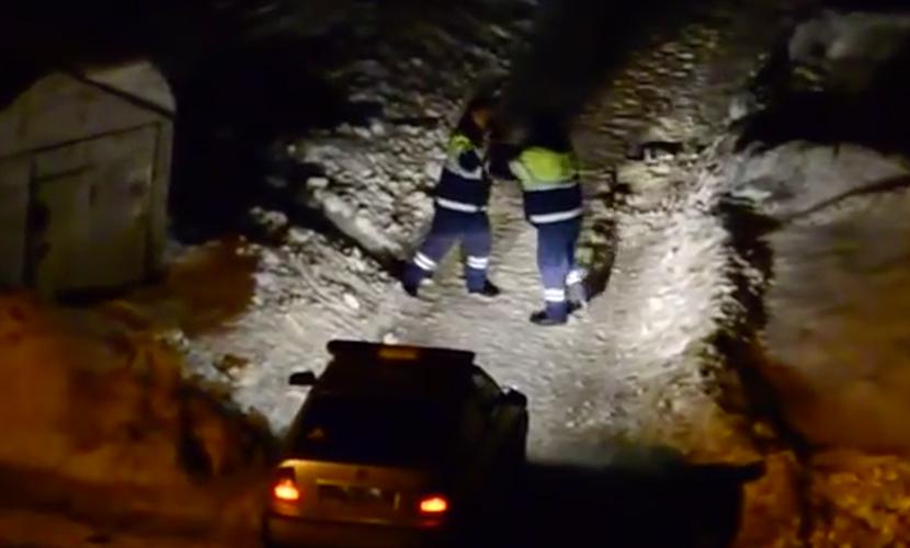 Двое полицейских из Уфы подрались на улице и стали звездами YouTube