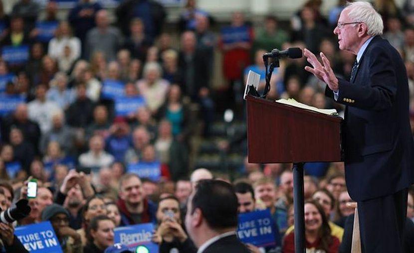 Клинтон проиграла Сандерсу предвыборную кампанию в соцсетях
