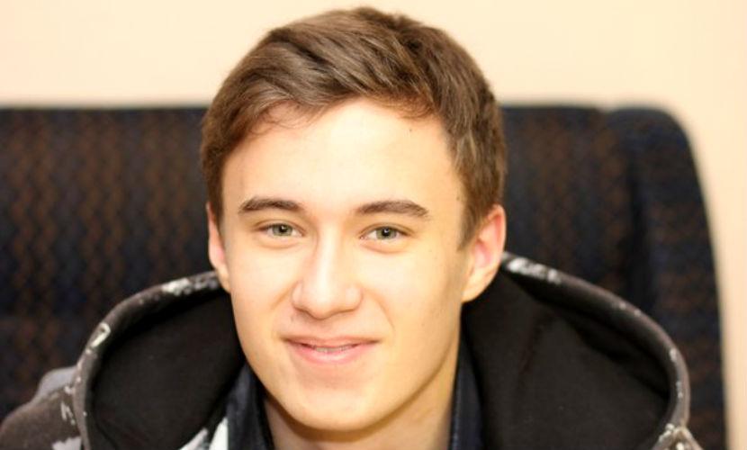 Студент из Воркуты погиб из-за упавшего в ванну мобильника