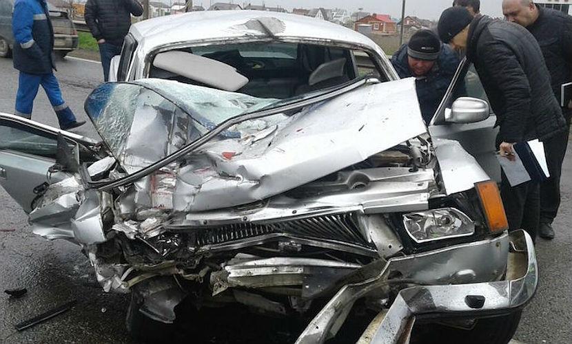 Молодая женщина и сотрудник ФСКН погибли в аварии с участием