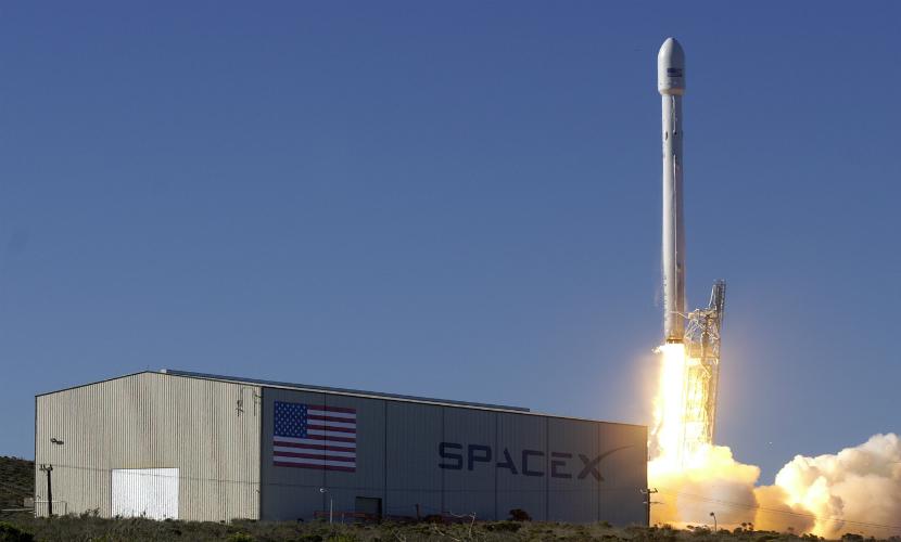 SpaceX смогла запустить ракету Falcon 9 с пятой попытки