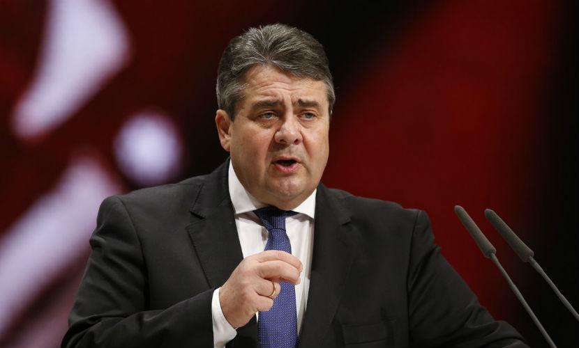 Отмена антироссийских санкций должна стать общей целью для Москвы и Берлина, - вице-канцлер ФРГ