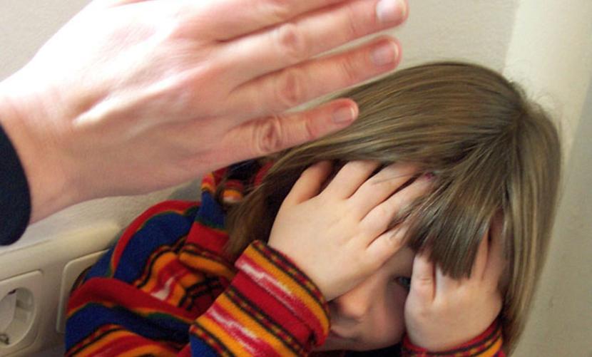Юноша после смерти отца изнасиловал 8-летнюю сестру своей любимой девушки в Бурятии