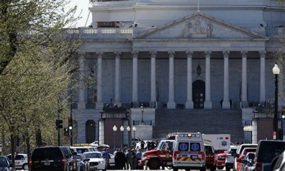 Стрельба произошла в вашингтонском Капитолии, ранен полицейский