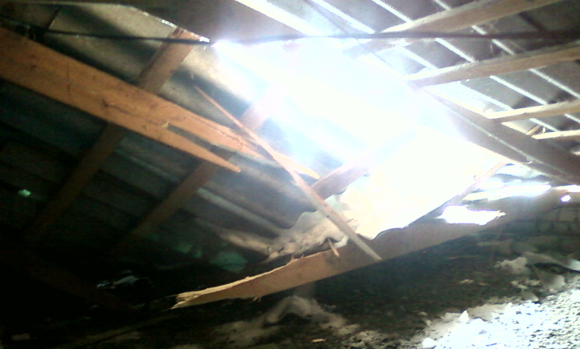 Под Омском пенсионерку убила рухнувшая в ее доме крыша