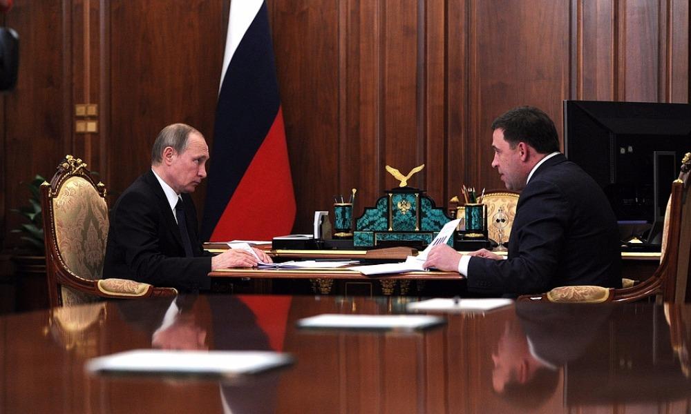 Путин одним словом поддержал шаткие позиции главы Свердловской области Куйвашева