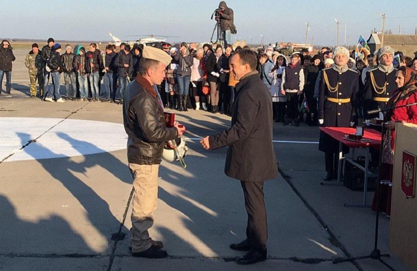 На Кубань вернулись первые 6 военных летчиков из Сирии