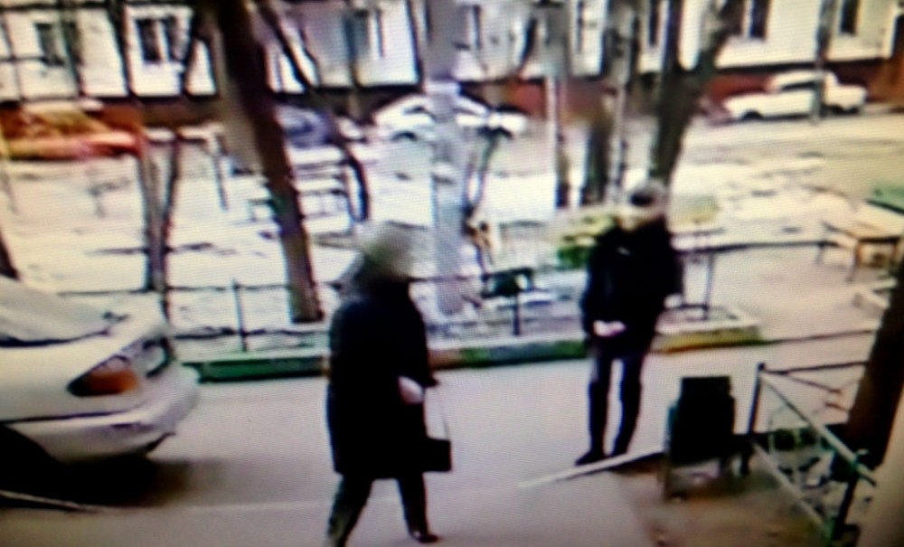 Лжеколдуньи провели излечение сына 80-летней москвички за 180 тысяч рублей
