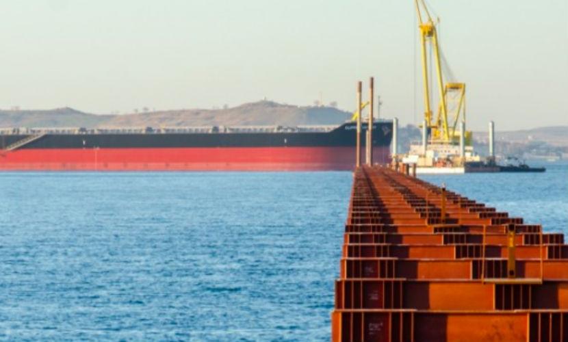 Экипаж турецкого корабля скрыл следы столкновения с Керченским мостом