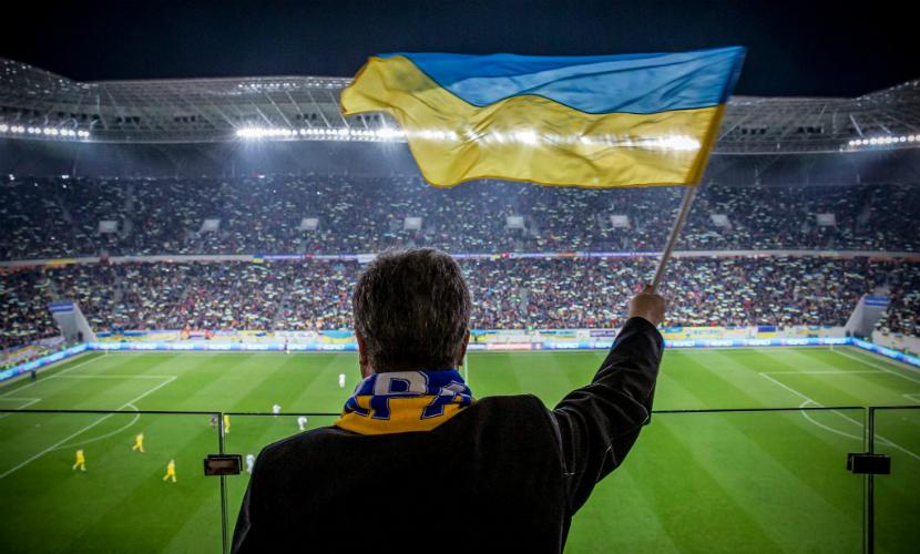 Петр Порошенко вооружил сборную Украины по футболу