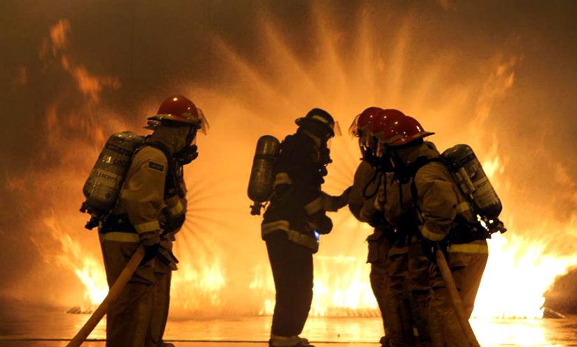 Двое детей и двое взрослых сгорели при пожаре в Тюменской области