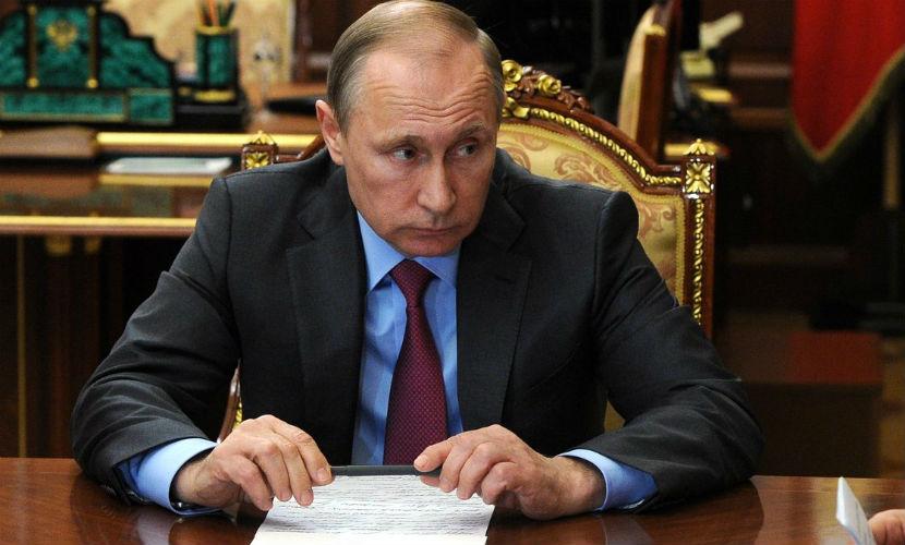 Россия оставила в Сирии две военные базы, - Путин
