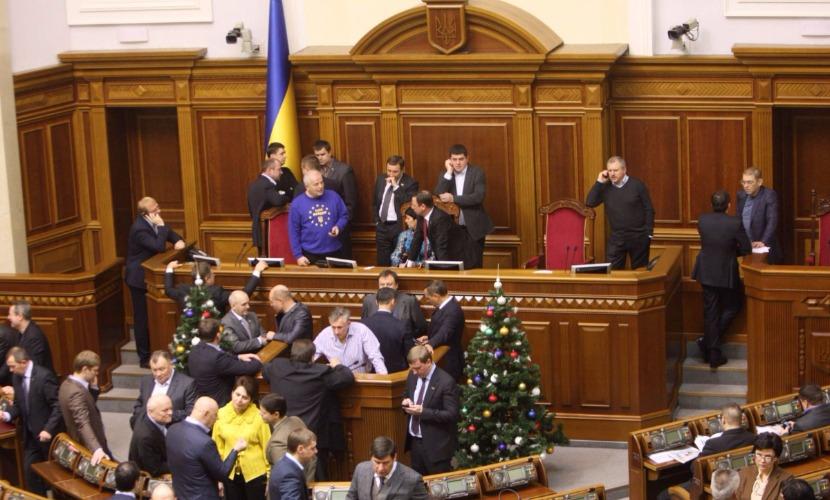 Украинские депутаты внесли в Верховную раду постановление о разрыве дипотношений с Россией