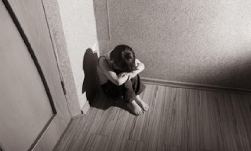 Женщина занялась проституцией и издевалась над 9-летним сыном в Челябинской области