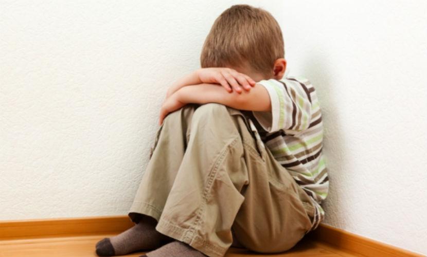 «Свирепая» мать ударила ребенка пивной кружкой за просьбу перестать пить