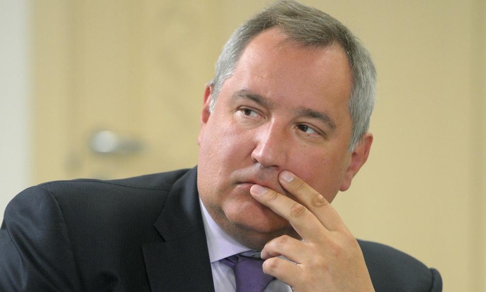 Рогозин из-за страха за семью съехал со своей квартиры стоимостью полмиллиарда