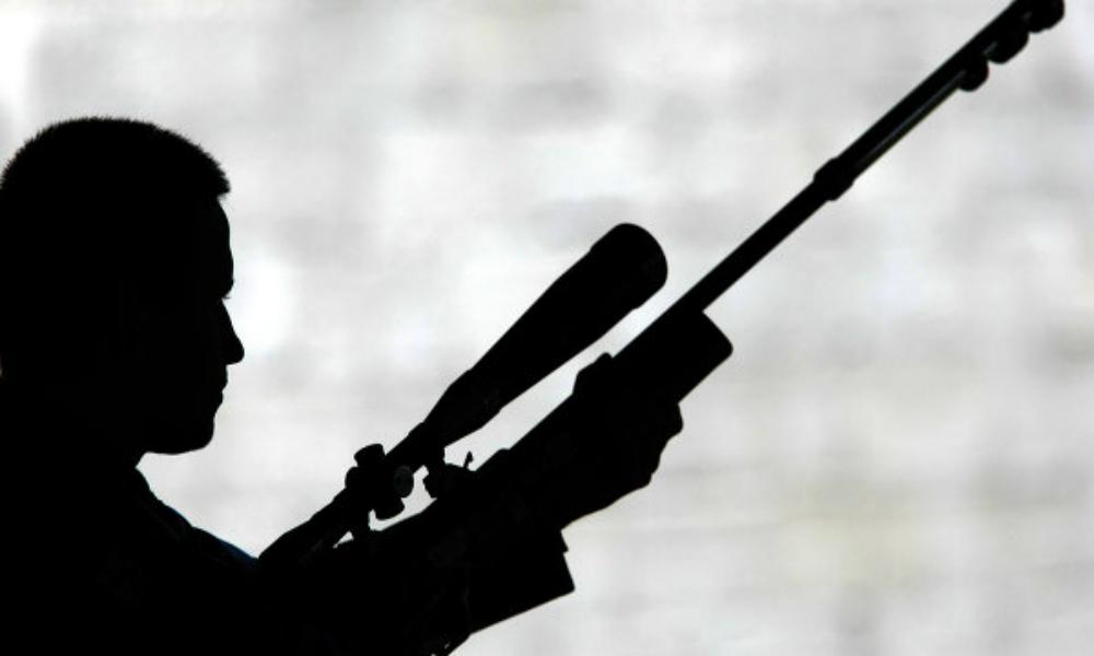Мужчина расстрелял из ружья жителей Новой Москвы, один человек погиб