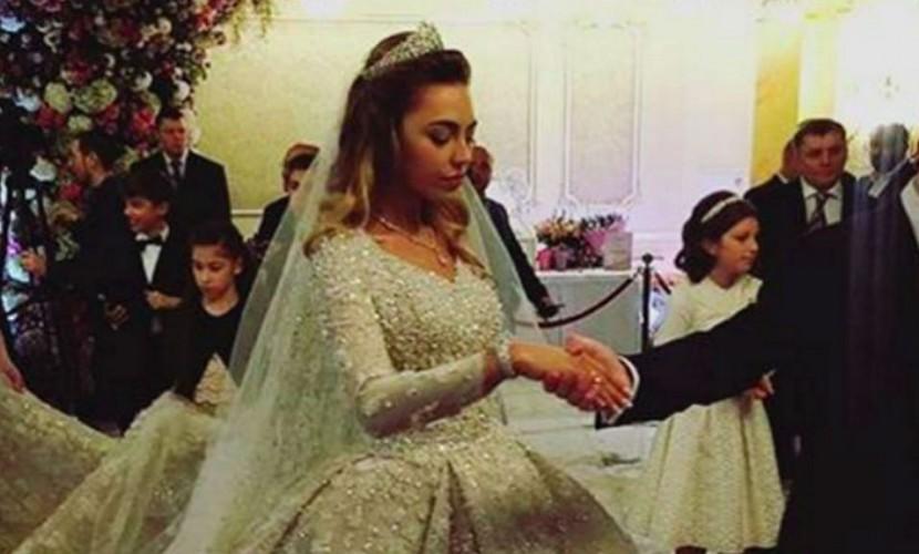 Подруга молодоженов Гуцериевых потеряла на их свадьбе кольцо за 100 тыс. евро