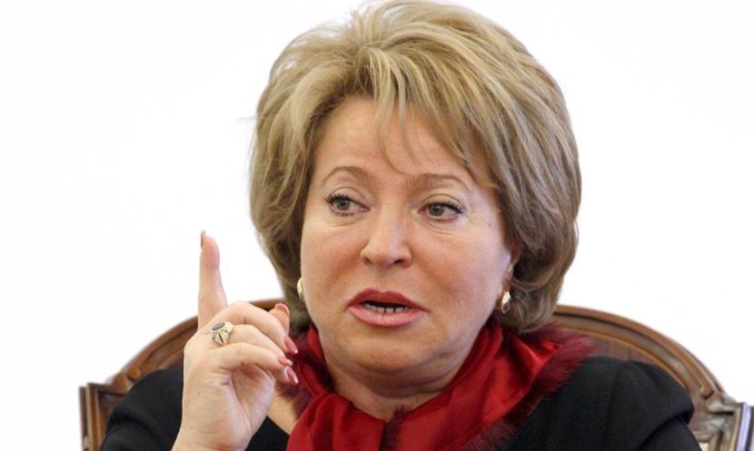 Матвиенко упрекнула главу Минюста, угодившего в пробку из-за снегопада