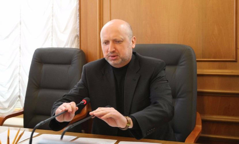 Турчинов решил, что скоро волна разведчиков и подрывников хлынет из России на Украину