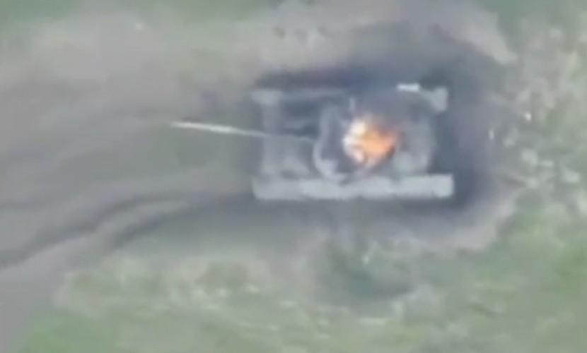 Минобороны Азербайджана опубликовало видео уничтожения армянского штаба