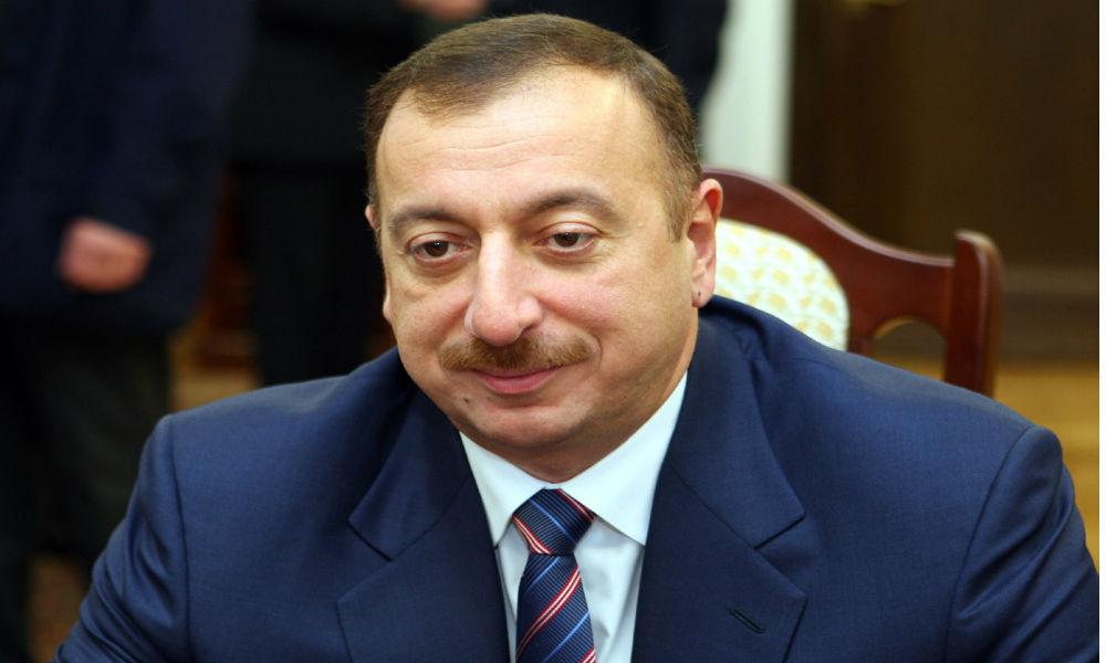 Президент Азербайджана Алиев назвал свои условия прекращения боевых действий в Нагорном Карабахе
