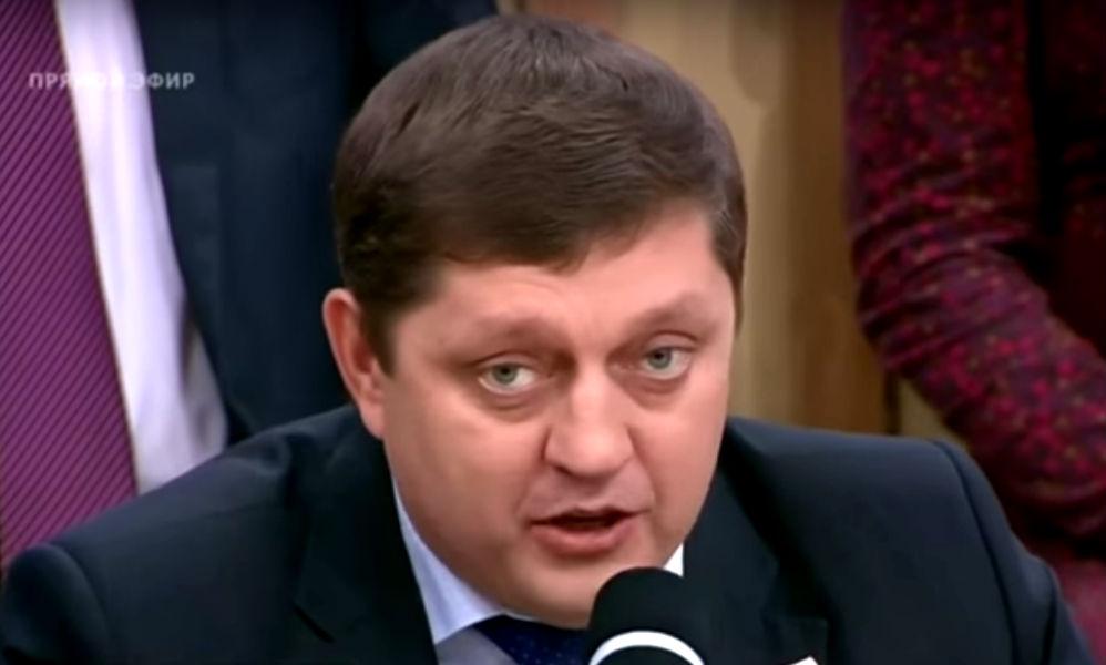Олег Пахолков: «Российское гражданство необходимо предоставлять в течение трех месяцев»