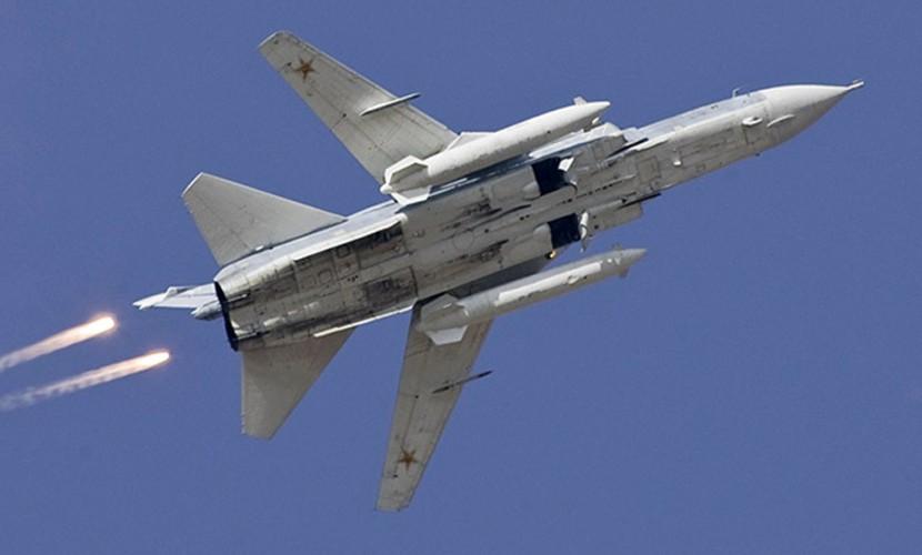 Российский бомбардировщик вновь подлетел к эсминцу