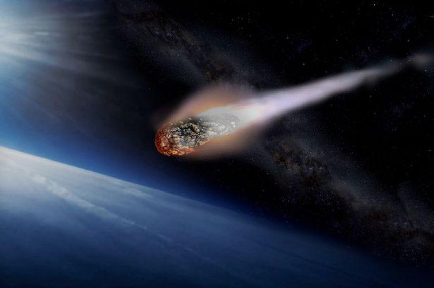 Два астероида размерами с небоскреб пронеслись возле Земли