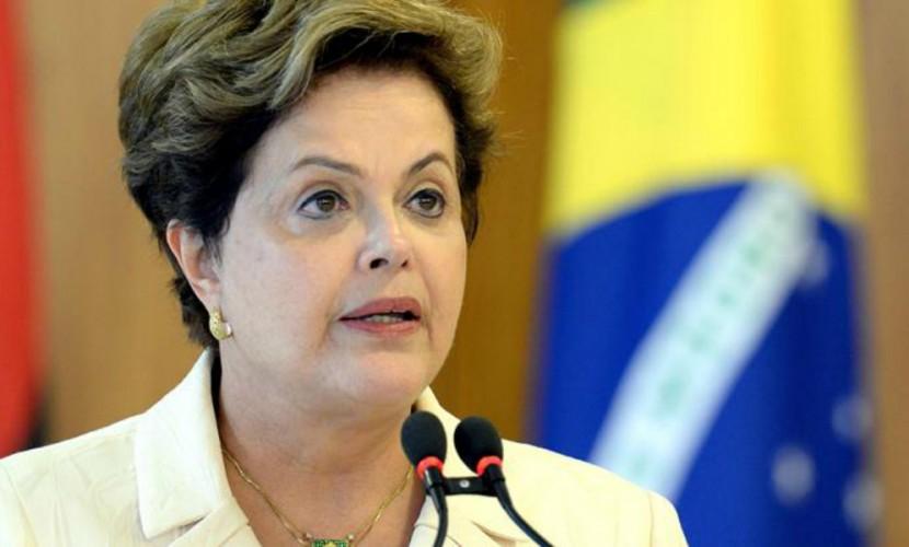Бразильские конгрессмены проголосовали за импичмент президента страны под пение