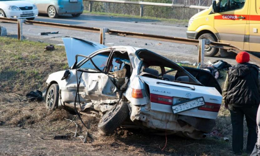 Видео аварии с участием экс-главы ГИБДД Кузбасса, в которой погибли 4 девушки, появилось в Сети