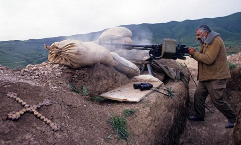 Азербайджан заявил о приостановке боевых действий в зоне конфликта в Карабахе