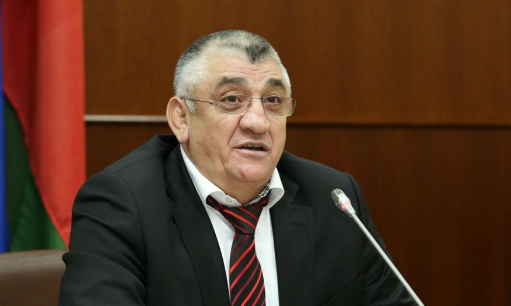 Министра спорта Дагестана наказали из-за осквернившего статую Будды спортсмена