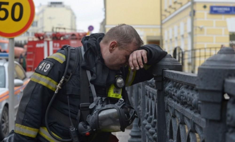 В Белгородской области заживо сгорел 11-летний мальчик. Опекуны пристегнули его замком и оставили в машине