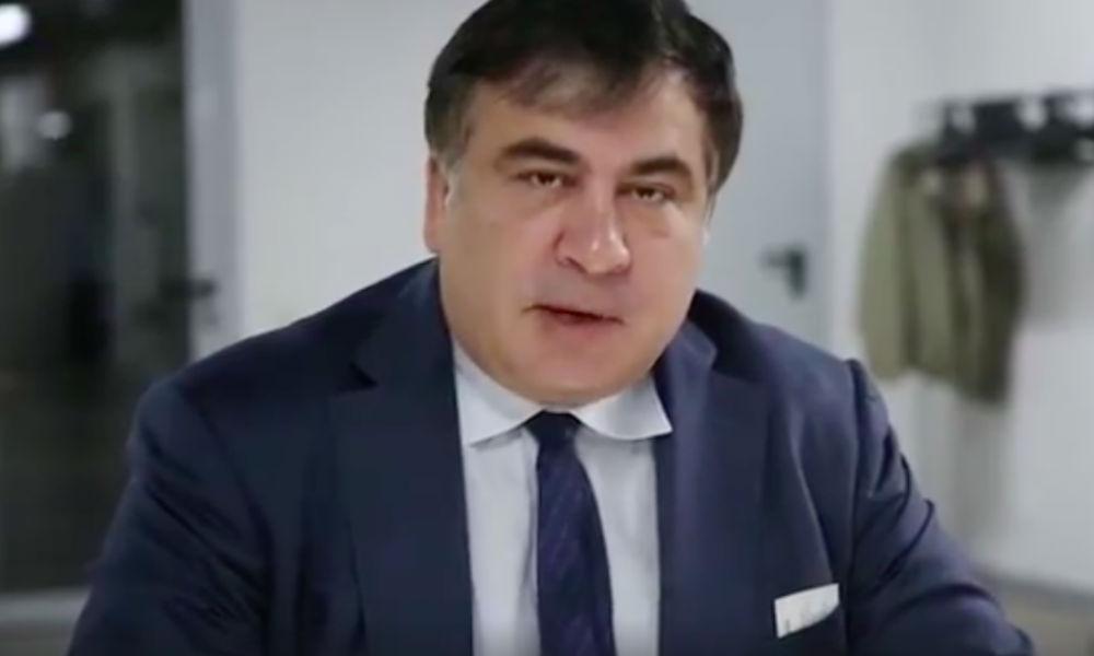 Саакашвили после стрельбы из гранатомета и нападения «титушек» попросил помощи силовиков