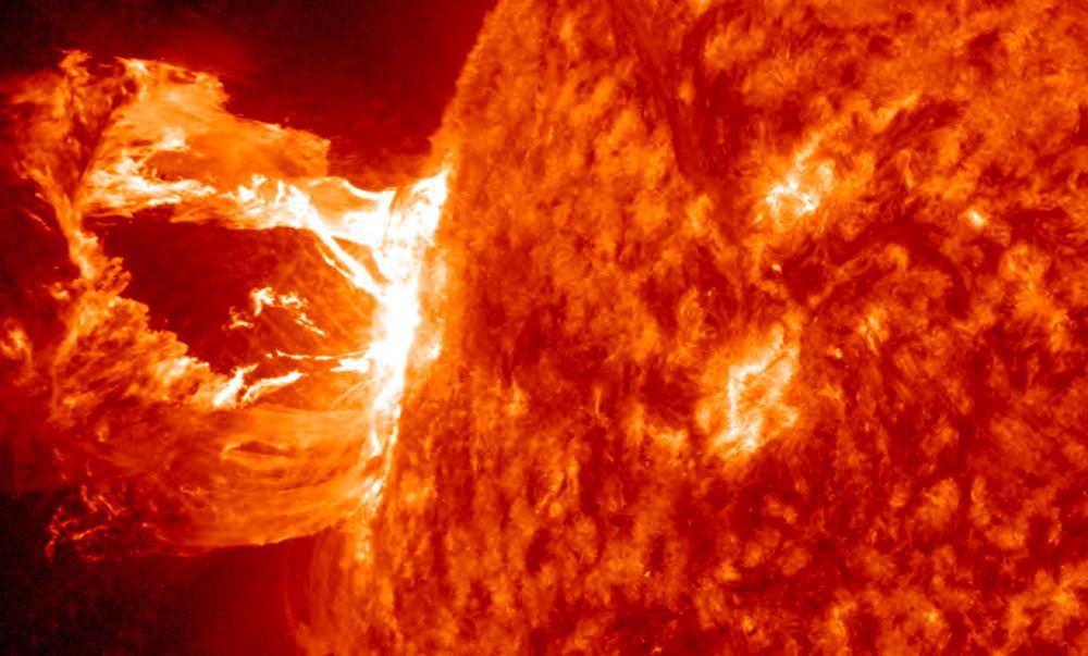 Солнце превратится в «Звезду смерти» и уничтожит Землю с Луной, - ученые