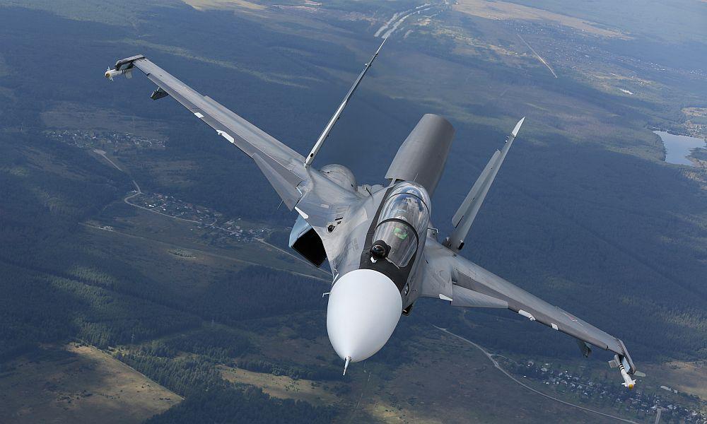 До конца 2018 года ВКС России должны получить более 30 истребителей Су-30СМ, - Минобороны