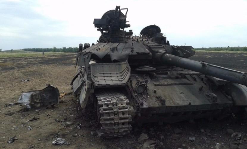 Азербайджанская армия за трое суток конфликта с Арменией потеряла 18 танков